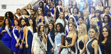 جولة سياحية لملكات جمال العالم داخل المنتزة بالإسكندرية