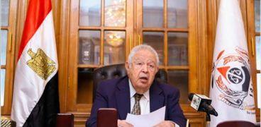 المفكر الكبير رجائي عطية نقيب المحامين ورئيس اتحاد المحامين العرب