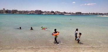 شاطىء العوام بمدينة مرسى مطروح