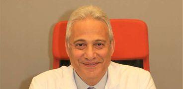 الدكتور بهاء ناجى، استشارى السمنة والتغذية