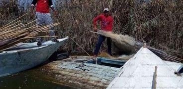 حملة لإزالة التعديات على بحيرة البرلس  تضبط 39قضية مختلفة