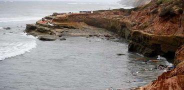 لافرق بين الولايات المتحدة وليبيا: غرق قوارب الهجرة يسفر عن مقتل 53شخص
