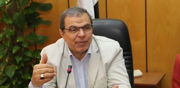 محمد سعفان وزير القوى العاملة.. صورة أرشيفية