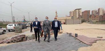 محافظ كفر الشيخ يتفقد أعمال الرصف بمحور سعد زغلول وإنشاء الحديقة المركزية