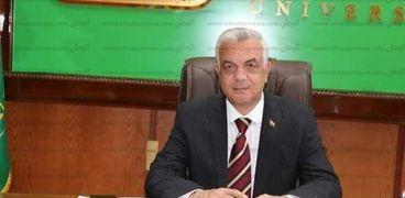 عادل مبارك رئيس جامعة المنوفية