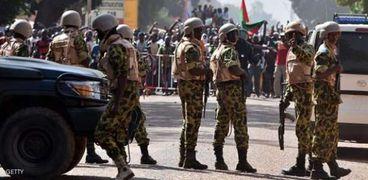 عناصر من جيش بوركينا فاسو