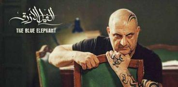 خالد الصاوي في مشهد من فيلم »الفيل الأزرق»