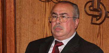 الكاتب الصحفي الراحل عباس الطرابيلي