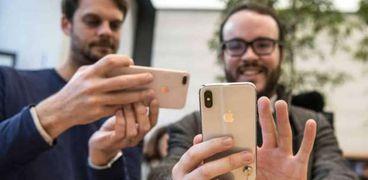 أبل تخطط لطرح هواتف تدعم شبكات الجيل الخامس