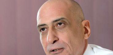 الدكتور خالد سرور- رئيس قطاع الفنون التشكيلية