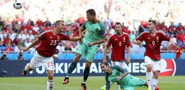 «بوشكاش» كلمة السر.. مباراة البرتغال تعيد للأذهان مدرب سطع في سماء مصر