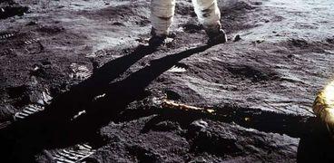 رحلة أبولو على سطح القمر