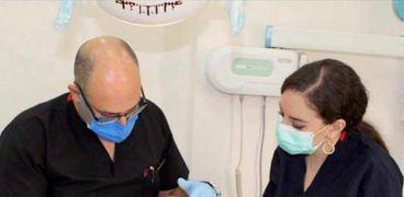 طبيب الأسنان سامر قزمان