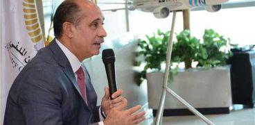 الفريق يونس المصري - وزير الطيران المدني