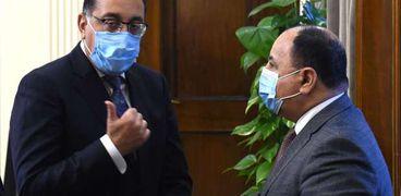 الدكتور مصطفى مدبولي، رئيس مجلس الوزراء، خلال لقاء سابق مع وزير المالية