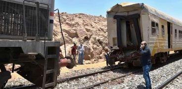 النيابة تأمر برفع آثار حادث قطار «السد العالي».. والتحفظ على الجرار والعربة المتضررة