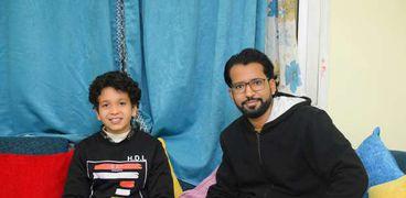 "محرر ""الوطن"" مع اصغر مؤذن في مصر"