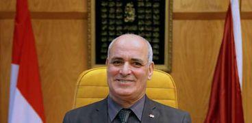 جامعة الفيوم تستقبل الرئيس التنفيذي لوكالة الفضاء المصرية