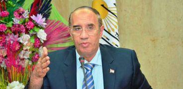 الدكتور أحمد عبده جعيص رئيس جامعة أسيوط