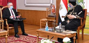 البابا مع السفير الروسي في القاهرة