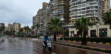 أمطار خفيفة تجتاح الإسكندرية
