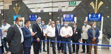 وزير الطيران المدنى يتفقد مطارى شرم الشيخ وطابا الدوليين