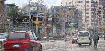 صورة أرشيفية لأحد الشوارع الغارقة في مياه الأمطار