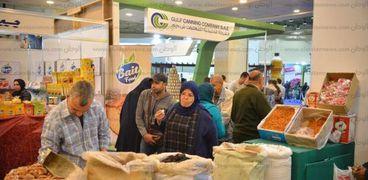 إقبال على معرض «أهلاً رمضان» بمركز القاهرة الدولى للمؤتمرات