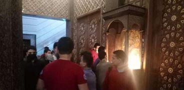 الأقباط يتوافدون على دير مارمينا غرب الإسكندرية للتبرك قبل غلقه