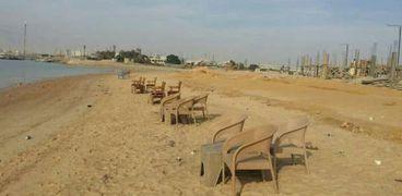 مناقشة طلبات تراخيص بعدد من الشواطئ