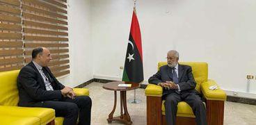 الطاهر سيالة يلتقي رئيس الوفد المصري