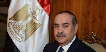 الطيار محمد منار عنبه، وزير الطيران المدني