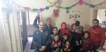 متطوعون يحتفلون بالعيد بدار أيتام