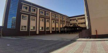 مدرسة النيل الدولية بالشروق