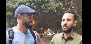 أحمد سعودي «المفتش كرومبو» مع محرر جريدة الوطن
