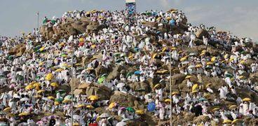 حجاج بيت الله الحرام علي جبل عرفة