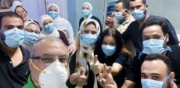 الطاقم الطبي والإداري بمستشفى حميات الغردقة