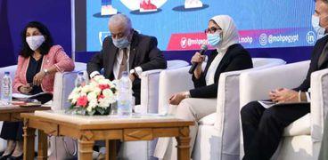 منصة مؤتمر وزارتي الصحة والتعليم