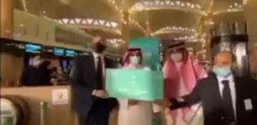 أولى الرحلات قادمة من مطار الملك خالد