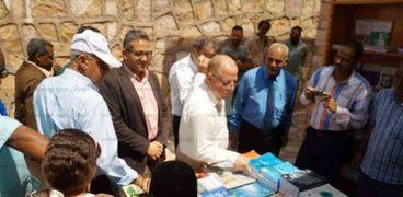 بالصور| وزيرا الآثار والثقافة يزوران معبد أبو سمبل