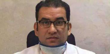 الدكتور عمرو الرباط