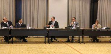 وزير السياحة خلال إجتماعه بأعضاء مجلس ادارة الغرف السياحية