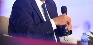 """احمد ابو النصرمدير عام مجموعة """"يارد"""" الصناعية الكبرى في رومانيا وأحد خبراء مصر بالخارج في مجال الصناعات الثقيلة"""