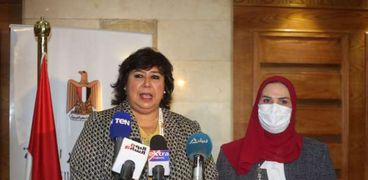 الدكتورة إيناس عبدالدايم ونيفين القباج وزيرا الثقافة والتضامن