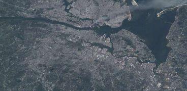 صورة من الفضاء عمرها 20 سنة لدخان تفجيرات 11 سبتمبر