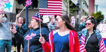 فيديو.. من أمريكا إلى النيجر.. المظاهرات ضد كورونا تنتشر في العالم