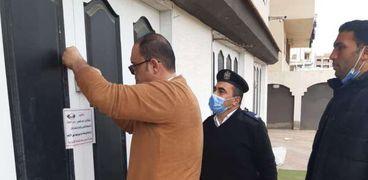 المهندس محمد رجب رئيس جهاز مدينة دمياط الجديدة يشن حملة مكبرة لغلق المحلات المهالفة