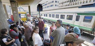 شائعة تعديل مواعيد قطارات رمضان تسببت فى ارتباك المواطنين