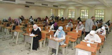 التعليم العالي ترد على وجود نظامين لتنسيق 2021