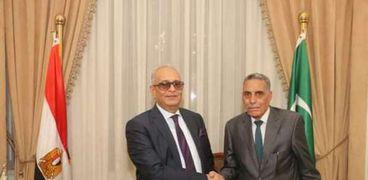 النائب محمد حسين ورئيس الوفد